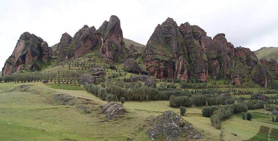Lugares turísticos de Huanta - bosques de piedra de Laupay